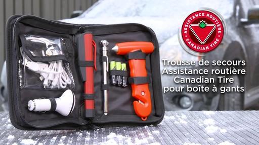 La trousse de secours Assistance routière Canadian Tire pour boîte à gants - image 10 from the video