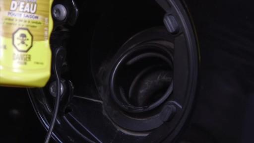 L'éliminateur d'eau toute saison STP - image 4 from the video