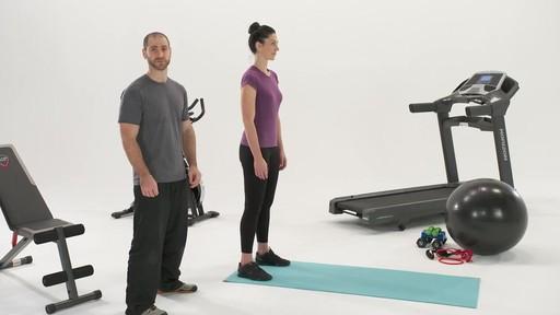 Exercices et articulations - Conseils de mise en forme de Canadian Tire - image 2 from the video