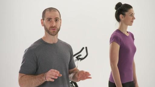 Exercices et articulations - Conseils de mise en forme de Canadian Tire - image 3 from the video