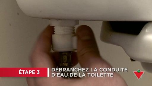 Comment réparer une toilette - image 3 from the video