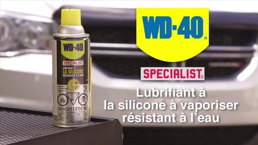 Lubrifiant WD-40 Specialist à la silicone résistant à l'eau - image 2 from the video