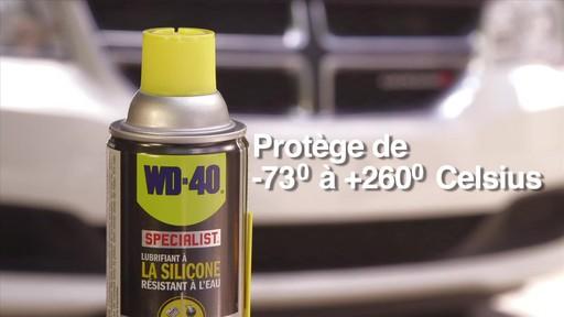 Lubrifiant WD-40 Specialist à la silicone résistant à l'eau - image 8 from the video