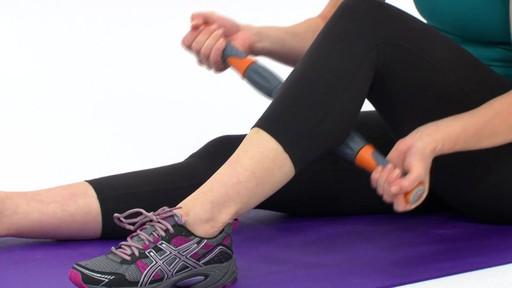 Rouleau de massage Restore pour le corps - image 7 from the video