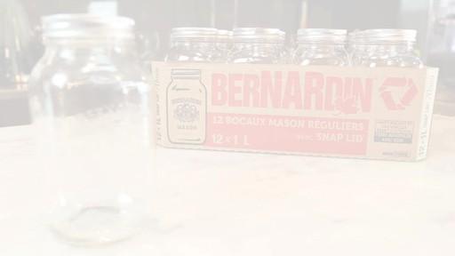 Bocaux mason réguliers BERNARDIN® 1 L - image 1 from the video