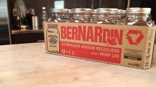 Bocaux mason réguliers BERNARDIN® 1 L - image 3 from the video