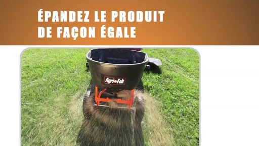 Épandeur tractable Agri-Fab - image 8 from the video