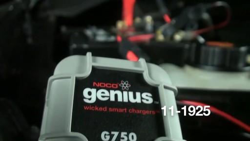 Chargeur de batterie intelligent Noco Genius G750 - image 7 from the video