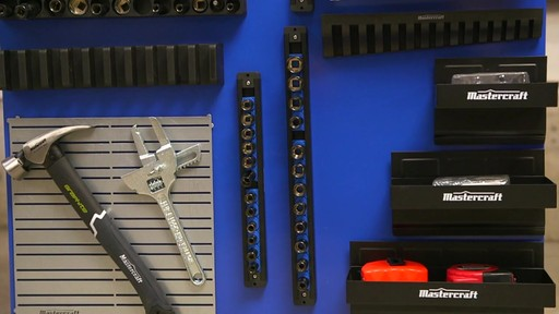 Porte-outils magnétiques - image 1 from the video