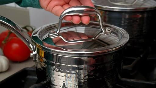 Batterie de cuisine martelée à main Lagostina, 12 pces - image 5 from the video
