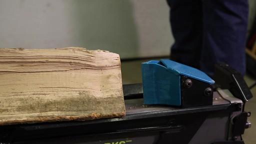 Fendeuse de bûches Yardworks 5 tonnes à pédale-le témoignage de Francis - image 2 from the video