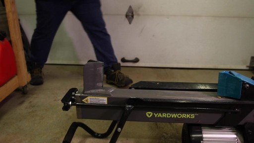Fendeuse de bûches Yardworks 5 tonnes à pédale-le témoignage de Francis - image 4 from the video