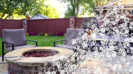 Nettoyant pour l'extérieur Scotts Oxi, prêt à l'emploi   - image 6 from the video