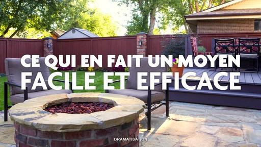 Nettoyant pour l'extérieur Scotts Oxi, prêt à l'emploi   - image 7 from the video