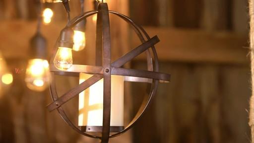 Créativité et élégance - Le cœur de l'été - image 8 from the video