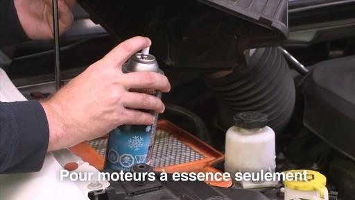 Liquide de démarrage MotoMaster Quick Start - image 5 from the video