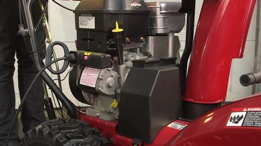 Liquide de démarrage MotoMaster Quick Start - image 9 from the video