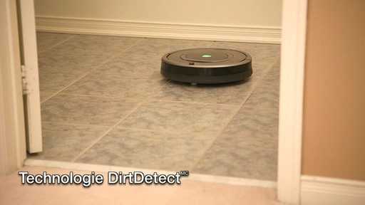 Aspirateur-robot Roomba 770 - image 6 from the video