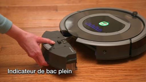 Aspirateur-robot Roomba 770 - image 9 from the video