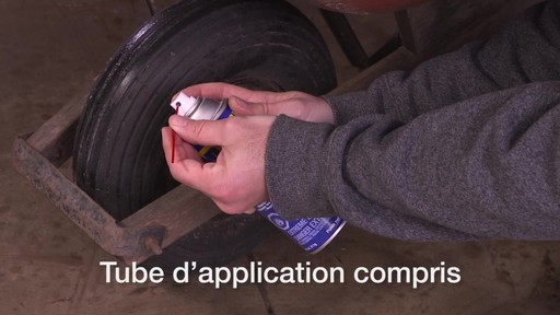 Lubrifiant tout usage WD-40 - image 2 from the video