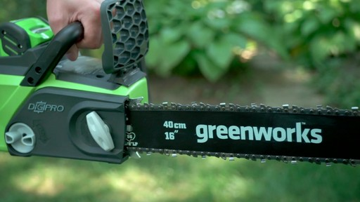 Scie à chaîne sans fil 40 V Greenworks – Témoignage - image 9 from the video