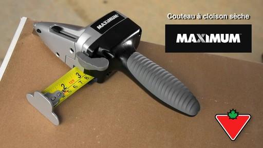 Couteau à cloison sèche MAXIMUM - image 1 from the video