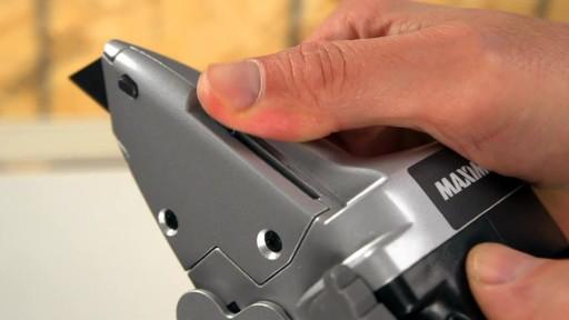 Couteau à cloison sèche MAXIMUM - image 2 from the video