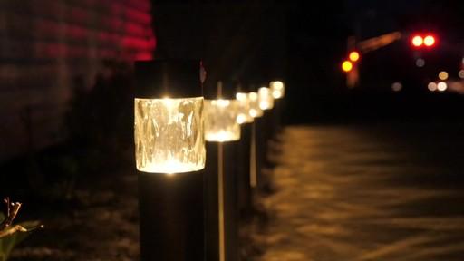 Lampe solaire de sentier NOMA PIR avec Matthew - Témoignage de TESTE - image 8 from the video