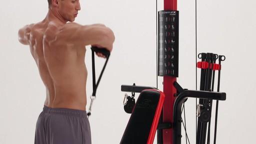 Appareil de musculation Bowflex PR3000 - image 7 from the video