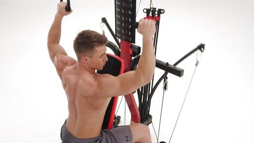 Appareil de musculation Bowflex PR3000 - image 9 from the video