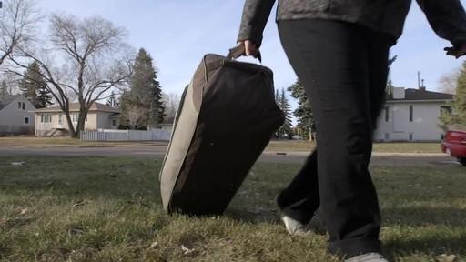 Tente Woods Klondike, 10 personnes-le témoignage de Laura - image 9 from the video