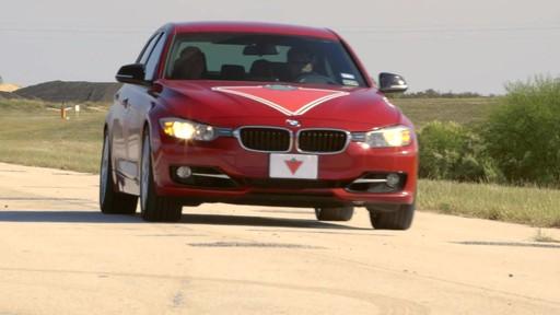 Rouler sur les pneus d'hiver en été  - image 10 from the video
