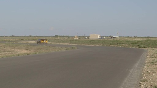 Rouler sur les pneus d'hiver en été  - image 9 from the video