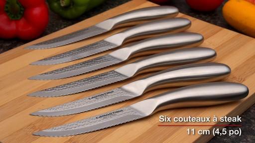 Couteaux martelés à la main Lagostina, 14 pces - image 7 from the video