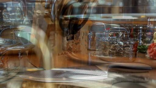 Couteaux martelés à la main Lagostina, 14 pces - image 9 from the video