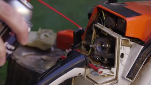 Produit MotoMaster pour entreposage de moteur - image 5 from the video