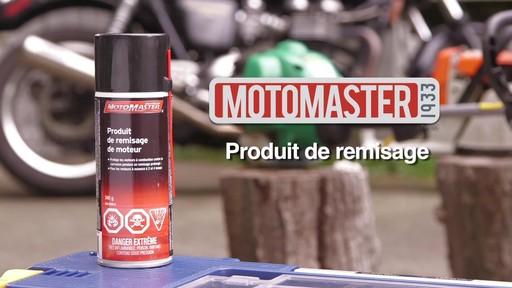 Produit MotoMaster pour entreposage de moteur - image 9 from the video