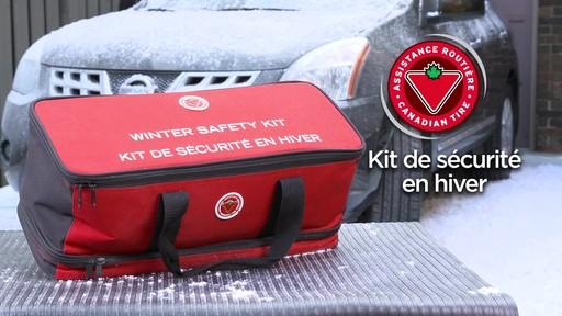 Kit de sécurité en hiver Canadian Tire - image 10 from the video