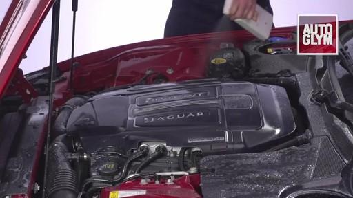 Nettoyant pour moteur et machinerie Autoglym - image 8 from the video