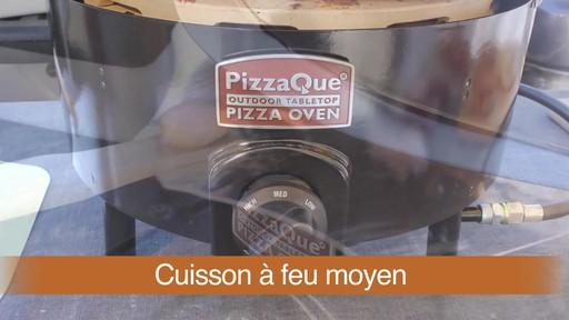 Four à pizza PizzaQue- Vue d'ensemble - image 3 from the video