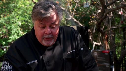 Bradley Smoker - Pour la cuisson d'une côte de bœuf dans un fumoir Bradley - image 3 from the video