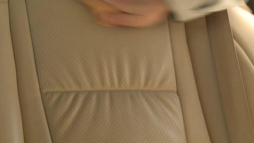 Produits de cuir Simoniz - Témoignage du Sergio - image 3 from the video