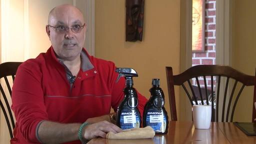 Produits de cuir Simoniz - Témoignage du Sergio - image 8 from the video
