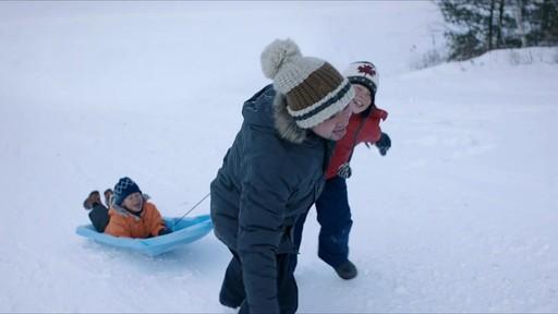 Célébrer - publicité télévisée, 30 sec (Nous jouons tous pour le Canada) - image 1 from the video