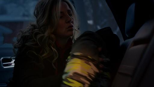 Célébrer - publicité télévisée, 30 sec (Nous jouons tous pour le Canada) - image 8 from the video