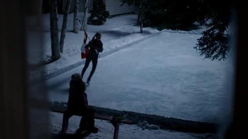 Célébrer - publicité télévisée, 30 sec (Nous jouons tous pour le Canada) - image 9 from the video