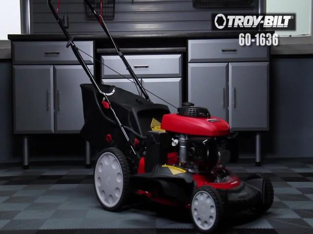 Tondeuse à démarrage électrique Troy-Bilt  - image 1 from the video