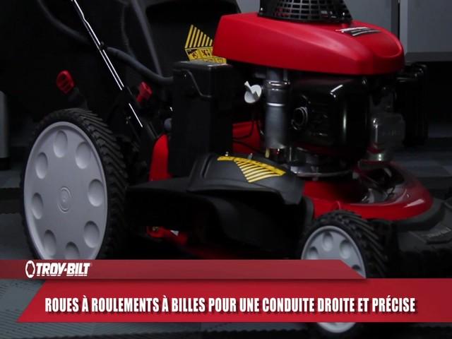 Tondeuse à démarrage électrique Troy-Bilt  - image 4 from the video