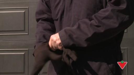 Comment appliquer du scellant pour l'entrée - image 4 from the video