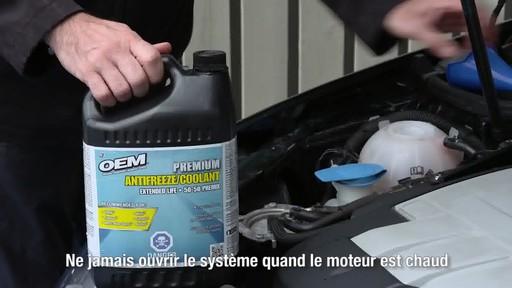 Liquide de refroidissement prémélangé OEM XL Europe, 3,78 L - image 2 from the video